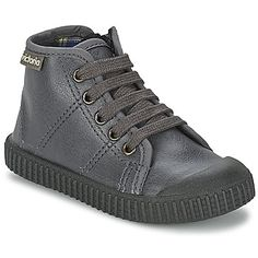 VICTORIA - Chaussures VICTORIA. Victoria ChaussureChaussures FillePaniers 25efb4576d03