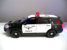 Custom Built 1/18 Replica of the Fort Worth Police Ford Explorer SUV K-9 Unit with Working Lights and Realistic 4 tone siren. This will make a GREAT gift. withWORKING Lights and 4 TONE Siren. 1/18 Scale Diecast Police SUV. | eBay!