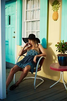 This contrast sundress is summer wardrobe essential.Finish the look with a floppy straw hat and a gladiator sandal.