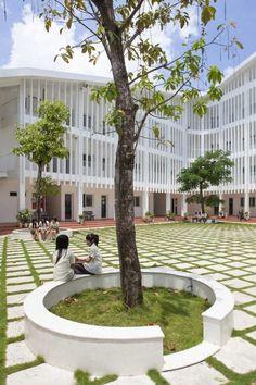 Binh Duong School / Vo Trong Nghia   Shunri Nishizawa   Daisuke Sanuki