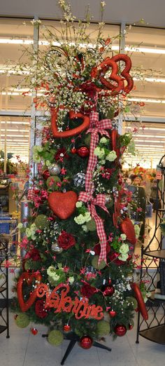 Valentine's Day Tree - Scrapbook.com