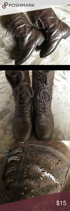 Brown Combat Boots •Women's •Size M 7/8, fits more like an 8!  •Outer side has lace like designs. •In good condition.  •Perfect for a casual look! Shoes Combat & Moto Boots