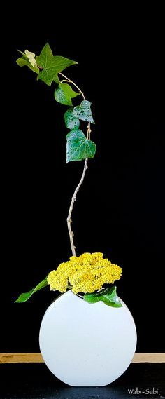 Jiyuka by Wabi-Sabi Ikebana, via Flickr