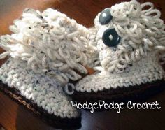 Adorable Baby boots!! FREE pattern!!