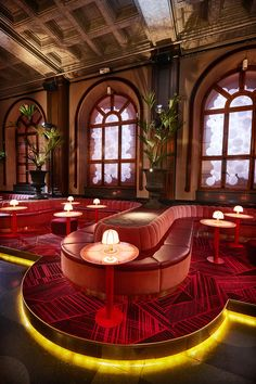 The deliciously massive pink marshmallow sofa in Gothenburg's newest bar/nightclub, Bon Bon Bar caught our attention first. It is the focal point of the swanky bar that turns into a nightclub at night in a building that has a rich history. Local SPIK Studios  gave the Clarion Hotel Post's 280 square metre (3,013 sq.ft) ba
