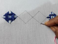 Brazilian Embroidery Tutorial Hand Embroidery Norwich Stitch For Beginners Hand Embroidery Videos, Embroidery Stitches Tutorial, Hand Work Embroidery, Learn Embroidery, Embroidery For Beginners, Hand Embroidery Patterns, Embroidery Techniques, Ribbon Embroidery, Machine Embroidery