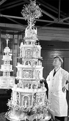 origin of saving wedding cake 1000 images about history of cake on royal 18065