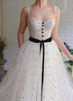 Dua Polka Dots Gown - Dua Polka Dots Gown – Teuta Matoshi Source by theflamingobride - Elegant Dresses, Pretty Dresses, Beautiful Dresses, Vintage Dresses, Beautiful Models, Evening Dresses, Prom Dresses, Formal Dresses, Summer Dresses