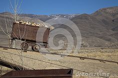 An old mining cart from the California mines