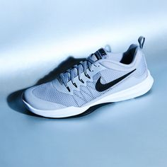 04a5a968a2f31 ... adidas mega burst  Dominate the running track with the Nike Zoom  Domination train
