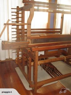 Kentish loom with flying shuttle closer up