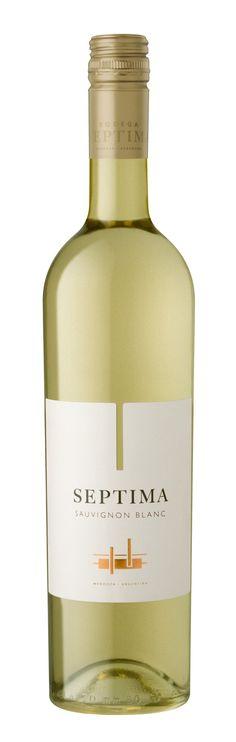 Sauvignon blanc 2014 - Bodega Septima, Luján de Cuyo, Mendoza, Argentina -------------------- Terroir: Agrelo (Luján de Cuyo) - Mendoza, Argentina Gourmet Food Store, Gourmet Recipes, White Wine, Red Wine, Spirit Drink, Wine Cheese, Sauvignon Blanc, Wine Time, Wine And Beer