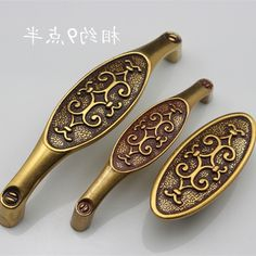 31.95$  Watch now - https://alitems.com/g/1e8d114494b01f4c715516525dc3e8/?i=5&ulp=https%3A%2F%2Fwww.aliexpress.com%2Fitem%2FEuropean-classic-retro-antique-garden-furniture-drawer-handles-high-end-luxury-gold-wardrobe-cupboard-door-handle%2F32641789344.html - European classic retro antique garden furniture drawer handles high-end luxury gold wardrobe cupboard door handle