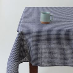 Delicieux Tablecloth: Navy Plaid