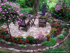 100+ ιδέες για μικρούς κήπους και αυλές