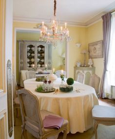 48 Charming French Dining Room Design Ideas | DigsDigs
