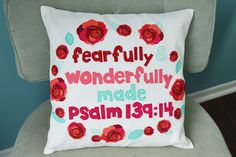 Sewing pattern: Fearfully and wonderfully made quote pillow Sewing Pillows, Diy Pillows, How To Make Pillows, Cushions, Pillow Crafts, Pillow Ideas, Easy Sewing Projects, Sewing Tutorials, Sewing Crafts