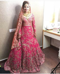 Indian bridal lehenga pink outfit new ideas Designer Bridal Lehenga, Indian Bridal Lehenga, Pakistani Wedding Dresses, Indian Wedding Outfits, Pakistani Bridal, Bridal Outfits, Indian Dresses, Bridal Dresses, Lehenga Wedding