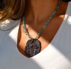 Beautiful Crackled Agate Beaded Necklace with by uniquebeadingbyme #agate #jade #statement #pendant #summer #boho