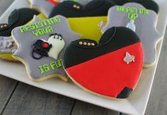 star trek TNG valentine cookies 6