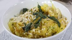 Spaghetti squash with brown butter, garlic and crispy sage Spaghetti Squash Sauce, Spaghetti Squash Recipes, Vegetable Sides, Vegetable Side Dishes, Vegetable Recipes, Dinner Dishes, Pasta Dishes, Butter Squash Recipe, Brown Butter Sage Sauce
