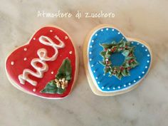 Icing cookies for Christmas www.atmosferedizucchero.com