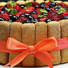 Tort Tiramisu cu fructe de padure , mascarpone si piscoturi - Adygio Kitchen Tiramisu, Mascarpone, Tiramisu Cake