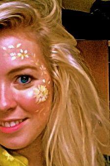 Glastonbury Festival Fashion Inspiration. hippie, bohemian, boho, floral, daisy, face paint, make-up, daisies