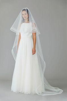 0aa878f17907 20 Stunning   Unique Wedding Veils You Haven t Seen Before