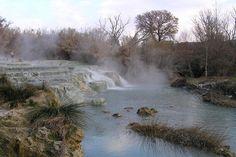 cascate del gorello wikipedia https://it.wikipedia.org/wiki/terme_di_saturnia#/media/file:cascate_del_gorello_a_saturnia.jpg
