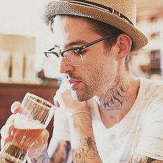 Tathunting for neck tats. Neck Tattoos, Panama Hat, Ink, India Ink, Panama
