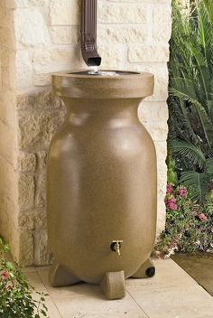 Rain Barrel 75 Gallons - Rain Water Barrel - Decorative Rain Barrels #pergoladesigns #LandscapeHome