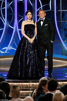 Golden Globes Ana de Armas and Knives Out co-star Daniel Craig - - Bond star Ana de Armas pulled out all the stops when she walked the red carpet at the Golden Globes on Sunday. Daniel Craig, Golden Globe Award, Golden Globes, Anastasia, Diana, Best Television Series, Z Cam, Ralph And Russo, Old Hollywood Glamour