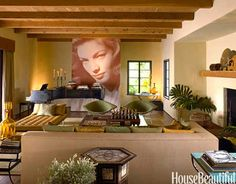 A Living Room with Hollywood Glamour