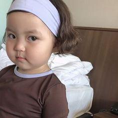 Cute Asian Babies, Korean Babies, Asian Kids, Asian Cute, Cute Babies, Cute Baby Meme, Cute Memes, Baby Girl Images, Cute Baby Girl Pictures