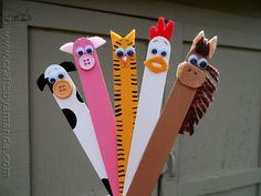 Craft Stick Crafts: Farm Animals by CraftsbyAmanda.com @Amanda Formaro