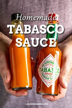 Do you LOVE hot sauce? Learn how to make original tabasco hot sauce with this homemade tabasco sauce recipe. Only 3 ingredients! Make it tonight. Tobasco Sauce Recipe, Tabasco Hot Sauce, Hot Sauce Recipes, Spicy Chicken Recipes, Keto Recipes, Louisiana Hot Sauce Recipe, Dips, Cuisine, Kitchens