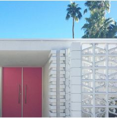Supplement To Landscape Gardening In Japan Mid Century Exterior, Palm Springs Style, Modern Landscaping, Modern Exterior, Mid Century House, Mid Century Modern Design, Exterior Doors, Midcentury Modern, Interior Architecture