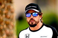677658f3ec61f Oakley Fernando Alonso 2015 Descubre las nuevas gafas de sol de las que el  piloto de