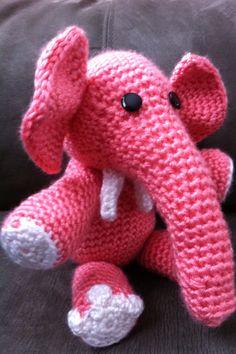 Baby elephant #crochet