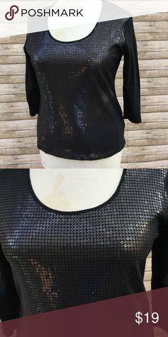 """NEW YORK & CO Black SEQUIN 3/4 Sleeve Top L Large 🔺Crew neckline 🔺Sequins on bodice 🔺 3/4 sleeves 🔺 Length 25"""" 🔺 Chest 19.5"""" across New York & Company Tops Blouses"""