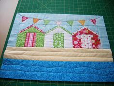 New Patchwork Cushion Ideas Beach Huts 15 Ideas House Quilt Patterns, Mug Rug Patterns, House Quilts, Patchwork Cushion, Patchwork Baby, Small Quilts, Mini Quilts, Coastal Quilts, Quilting Designs