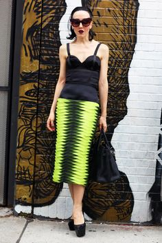 Black Bustier, Layered Skirt | Street Fashion | Street Peeper | Global Street Fashion and Street Style