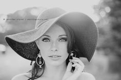 Rebekah Hat bw