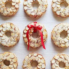 Almond Wreath Cookies: If you enjoy the flavor of marzipan, these cute wreaths will quickly become your new favorite Christmas cookies! Reindeer Cookies, Holiday Cookies, Holiday Treats, Gingerbread Cookies, Christmas Tree Cupcakes, Christmas Sweets, Christmas Recipes, Xmas, Holiday Baking