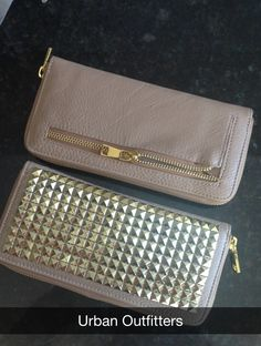 would love this in black to match my bag :)