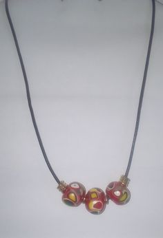 A pearl necklace is such a classic piece of jewelry that it works for almost any occasion. Pearls have an effortless elegance about them and can be dressed up or dressed down. Luxury Jewelry, Jewelry Shop, Jewelry Accessories, Jewelry Design, Jewellery, Pearl Jewelry, Diamond Jewelry, Pearl Necklace, Beaded Necklace