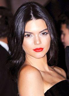 Kendall Jenner http://en.louloumagazine.com/celebrity/get-the-look-beauty-celebrity/celeb-beauty-looks/ / http://fr.louloumagazine.com/stars/looks-de-stars-beaute-stars/looks-de-stars-beaute/