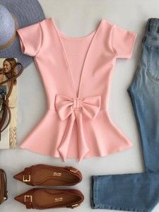 Maybe in a blue. Or white Girl Fashion, Fashion Dresses, Womens Fashion, Fashion Design, Fashion Trends, Blouse Styles, Blouse Designs, Casual Outfits, Cute Outfits