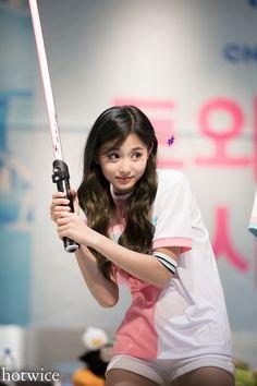 Kpop Girl Groups, Korean Girl Groups, Kpop Girls, Most Beautiful Faces, Most Beautiful Indian Actress, Oh My Girl Yooa, Cool Girl, Nayeon, Cute Asian Babies
